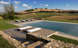 luxury holiday home in tuscany